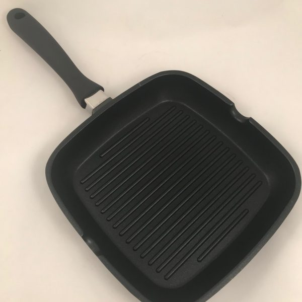 grill keptuvė