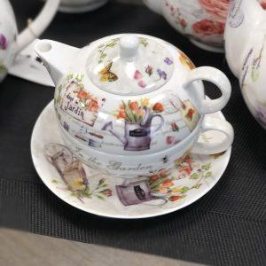 Rinkinukas puodelis + arbatinukas
